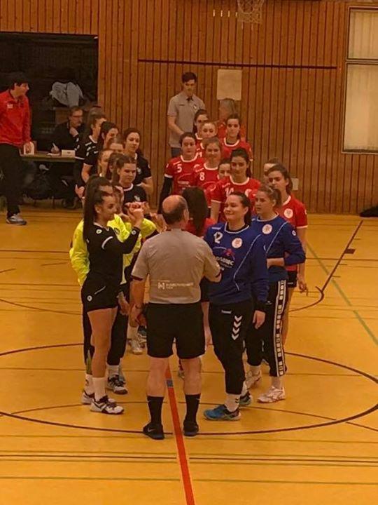Trotz Niederlage gegen die JSG Goldstadt TGS/TG 88 Pforzheim können die Mädchen der weiblichen…