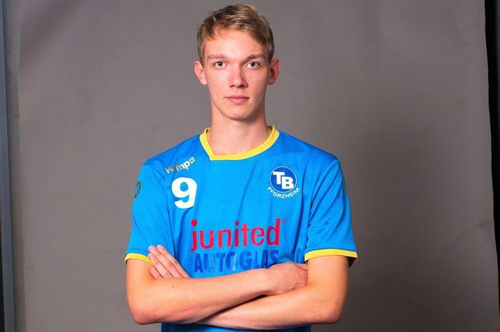 Name: Fabian Habiger Spitzname: Fabi Geburtsdatum: Position: RL, RR, RA Trikotnummer: 9 Beruf: Student…